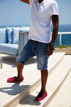 Boat shoes, Denim, and a fresh v-neck tshirt is a staple in men's casual Spring/Summer attire