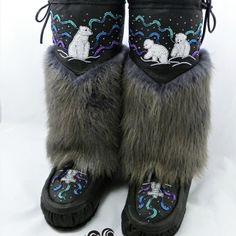 black bison hide, grey beaver fur, custom (additional panel) northern lights beading mom and baby bears/inukshuk vamps, combination shearling lined Moccasin Boots, Fur Boots, Shoe Boots, Shoes, Native Beading Patterns, Beadwork Designs, How To Make Leather, Beaded Moccasins, Ribbon Skirts