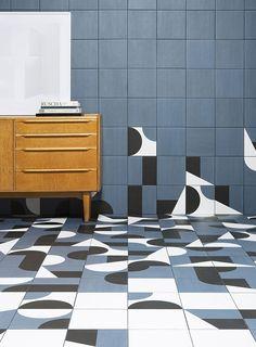 Barber & Osgerby's Puzzle tiles for Mutina. Cersaie 2016  Découvreur de tendances céramiques et bois www.forgiarini.net  carrelage parquet salle de bains extérieurs