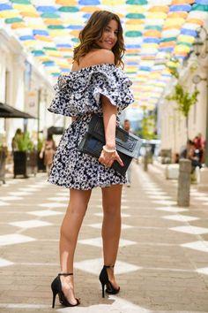 Sokak Modası: Fırfırlı Yazlık Elbiseler
