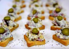 More football food! Cheesy Hot Pastrami Dip on mini toasts w/ pickle slices-yum!