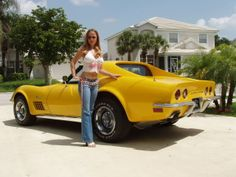 See the source image – Sport Cars Corvette Summer, Chevrolet Corvette Stingray, Us Cars, Sport Cars, Cool Car Pictures, Pin Up, Bus Girl, Chevy Girl, Porsche