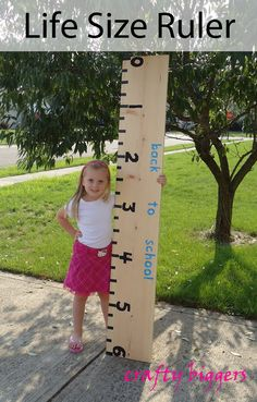 Life Size Ruler for back to school party or keeping a Growth Chart for your children. Also report card activities. Back To School Party, Back 2 School, 1st Day Of School, School Parties, Sunday School, School Fun, First Day Of School Pictures, School Photos, School Decorations