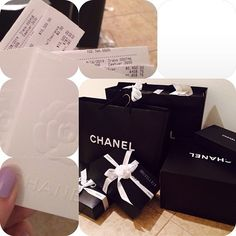 #Chanel #CCcertified by mkaella14#15k #shoppyshoppy Fiction Books To Read, Historical Fiction Books, Rich Kids Of Instagram, Great Novels, Luxe Life, Rich Life, Black And White Design, History Books, Chanel Bags