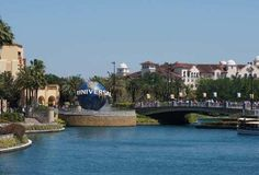 If you're a Disney World fan and you think Universal Orlando has little to offer, think again! In our new BIG 5 post, we take a fun and informative look at the top five reasons why Disney World fans should love Universal Orlando Resort...