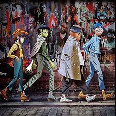 The family. ❤️ @hewll, @gorillaz we love you. Thanks to @luisqperalta for this. #DamonAlbarn #JamieHewlett #Gorillaz #Gorillaz2017 #Humanz #WeAreStillHumanz #Russel #2D #Murdoc #Noodle