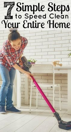 Stay stress-free and ready for visitors in no time with these 7 simple steps to speed clean your entire home! Diy Home Cleaning, Speed Cleaning, Household Cleaning Tips, Cleaning Recipes, House Cleaning Tips, Diy Cleaning Products, Spring Cleaning, Cleaning Hacks, Cleaning Supplies