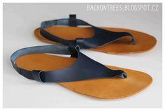 Detailní obrázkový návod, jak vyrobit vlastní kožené barefoot sandály na míru. Dozvíte se, jak vyrobit střih i jak sandály ušít.