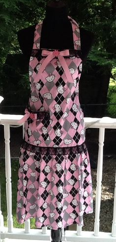 Hello Kitty pink and black apron No 5 by MothersApronString
