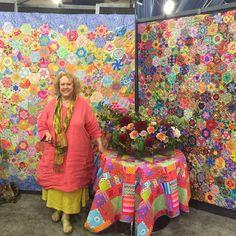 "201 Likes, 7 Comments - Katja Marek (@katja_marek) on Instagram: ""A new quilt-along 'Glorious Hexagons' is coming from Liza Lucy (quilt on left - Garden Hexagons),…"""