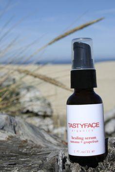 healing serum:  tamanu   grapefruit (tastyfaceorganics)