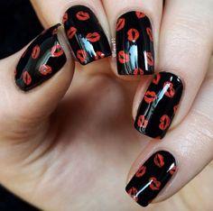 27 Pretty Nail Art Designs for Valentine's Day Nail Art Saint-valentin, Cool Nail Art, Elegant Nail Art, Pretty Nail Art, Valentine's Day Nail Designs, Acrylic Nail Designs, Nails Design, Acrylic Nails, Stylish Nails