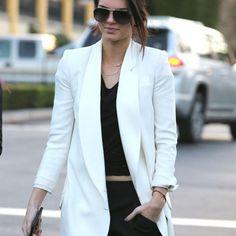 Kendall Agora é Colunista! #KendallJenner #blazer #model
