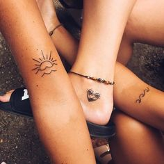 The best collection of cute friendship tattoos ideas for ladies. If you have a best friend you must see those best friend tattoos ideas and get them! Bff Tattoos, Best Friend Tattoos, Couple Tattoos, Mini Tattoos, Love Tattoos, Body Art Tattoos, Tattoos For Guys, Tattoos For Women, Tattos