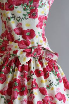 Vintage 1950s Dress / 50s Cotton Dress / Jerry Gilden Red and Pink Floral Dress w/ Waist Sash S