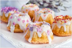 These bright Bundt cakes are perfect for a spring dessert with fresh lemon flavor and a creamy glaze to top it off. Small Desserts, Lemon Desserts, Yummy Treats, Delicious Desserts, Sweet Treats, Cupcakes, Cupcake Cakes, Cupcake Ideas, Lemon Bundt Cake