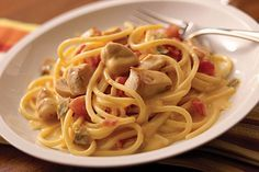 Strike a balance between creamy & spicy with this chicken spaghetti recipe. Combine VELVEETA & green chile-spiked diced tomatoes in this delicious dish.