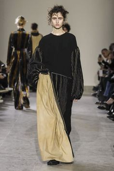 Today marked Uma Wang's first runway show on the official schedule in Paris. And the results were promising to say the least: her slouchy, softly tailored silhouettes made out of chunky knits...
