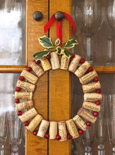patternprints journal: ON DIGSDIGS BLOG, A LOT OF ORIGINALS IDEAS AND PATTERNS IN CHRISTMAS DECORATIVE WREATHS