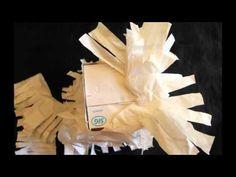 material x reciclar: tetrabric, bosses de plàstic, ouera de cartró i taps de plàstic 7 Hoe knutsel je een kip?