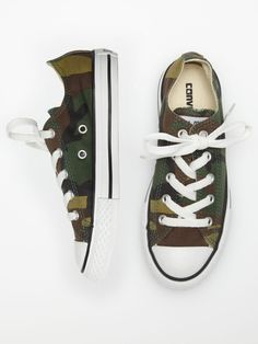 I wish I could find camo chucks in women's size 6. They are much needed for my outfits