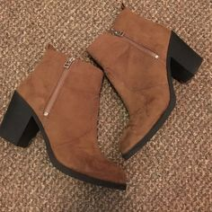 H&M booties Worn once. Great condition H&M Shoes Ankle Boots & Booties