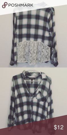 Lace plaid top! This is adorable. Size medium. Very lightly worn. Great condition. Wendy Bellissimo Tops Button Down Shirts