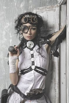 Fashionably Steampunk  #Steampunk #SteampunkFashion