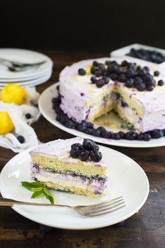 Low-Carb Lemon blueberry Cream Cake