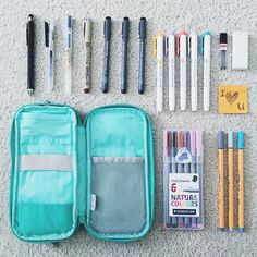 What's in my pen case? #muji #stabilo #staedtler #mildliner