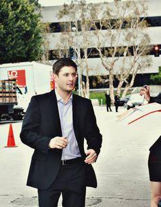 Jensen #Ackles @ #TheBackupPlan premiere, supporting his extraordinarily smokin' hot wife, Danneel (Harris) #Ackles.