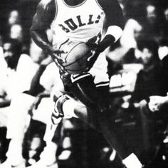 Basketball Photos, Basketball Posters, Basketball Art, Sports Photos, Christmas Gifts For Sports Fans, Michael Jordan Poster, Black White Photos, Black And White, Cool Fathers Day Gifts