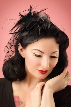 ZaZoo 40s Genevieve Feathers and Veil Fascinator Headband in Black