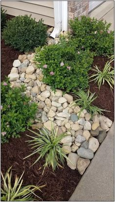 134+ simple but effective front yard landscaping ideas on a budget - page 23 | homeinspirationss.com #SimpleLandscapingIdeas