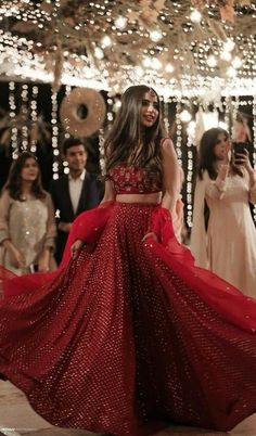 Wedding Dresses Lace Fit And Flare .Wedding Dresses Lace Fit And Flare Indian Bridal Outfits, Indian Bridal Fashion, Indian Designer Outfits, Indian Gowns Dresses, Pakistani Dresses, Indian Wedding Dresses, Red Saree Wedding, Wedding Sherwani, Pakistani Bridal