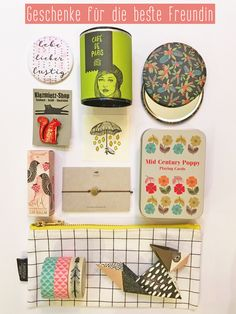 Geschenkideen für die beste Freundin Berry Lips, Lip Balm, Poppies, Playing Cards, Mid Century, Holiday Decor, Home Decor, Paper Mill, Christmas Gifts