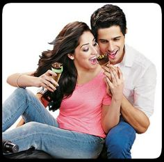Siddharth+Yami+Icecream= Oh-shoooo-cute!! :') I hope they pair up for a movie soon. Yami looks so shweet in this commercial and well I'm a Sid fan anyway.. <3
