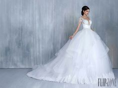 Most elegant wedding dresses and bridal gowns available at Beirut (Lebanon). Classic and trendy bridal dresses and wedding gowns at an affordable prices. Chiffon Wedding Gowns, 2016 Wedding Dresses, Tea Length Wedding Dress, Long Sleeve Wedding, Wedding Dress Sleeves, Wedding Dresses Plus Size, Princess Wedding Dresses, Elegant Wedding Dress, Wedding Dress Styles