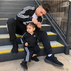 "3,140 Likes, 22 Comments - @ace_family_fans on Instagram: ""This soo cute Austin would do anything for Elle @elle @austinmcbroom @ace_family_fans"""