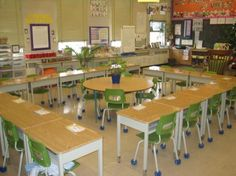I love the desk arrangement in this classroom. Open group concept ...