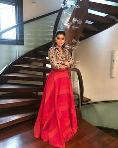 Fashion dresses - 13 Photos That Proves Kajol Is Our Forever Favorite Long Skirt With Shirt, Skirt And Top Dress, Stylish Dress Designs, Stylish Dresses, Casual Dresses, Indian Skirt, Dress Indian Style, Indian Wear, Skirt Fashion