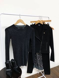 Black out looks for the holiday season. A little bit of sparkle with the Underneath The Stars top and the DAILYLOOK Take Me Away Moto Jacket. // link in bio⠀ ⠀Black out looks for the holiday season. A little bit of sparkle with the Underneath The Stars top and the DAILYLOOK Take Me Away Moto Jacket l DAILYLOOK Elite - personal styling service delivered right to your door