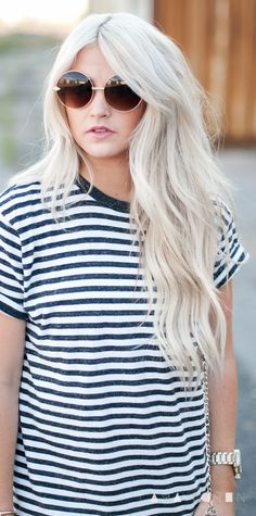 messy waves and perfect hair color and length. can i have ?