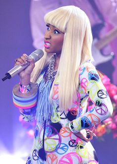 """nicki minaj. """"i mean your a hell of a guy and i'm loving your tie"""""""