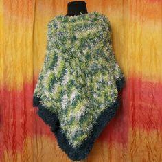 Pončo - pletené zelené