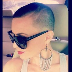 Haircut, headshave and bald fetish blog | for people who are bald fetish, haircut fetish fan or who want to see extreme hairstyles, bald bea...