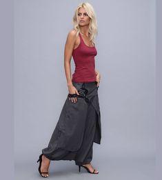 Unbelievable Ideas: Womens Dresses Spring Capsule Wardrobe womens tops sewing patterns plus size.Womens Dresses Plus Size Work Outfits. Boho Outfits, Trendy Outfits, Skirt Pants, Harem Pants, Bohemian Pants, Fashion Tips For Women, Fashion Ideas, 50 Fashion, Fashion Fall