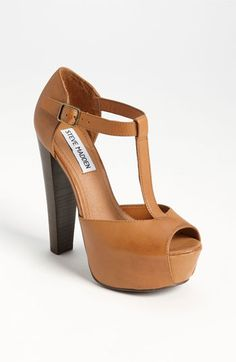 My new loves.    Steve Madden 'Dyvine' Platform Pump