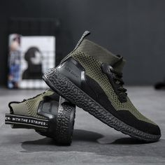 Summer Men Socks Sneakers Beathable Mesh Male Casual Shoes Lace Up Sock Shoes Loafers Boys Super Light Sock Trainers Ultra Boost Best Sneakers, Casual Sneakers, Sneakers Fashion, Casual Shoes, Fashion Shoes, Mens Fashion, Sock Shoes, Men's Shoes, Shoes Sneakers