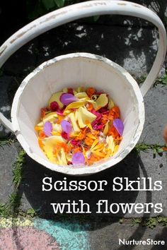 scissor skills activities with flowers :: learning to use scissors :: flower sensory play